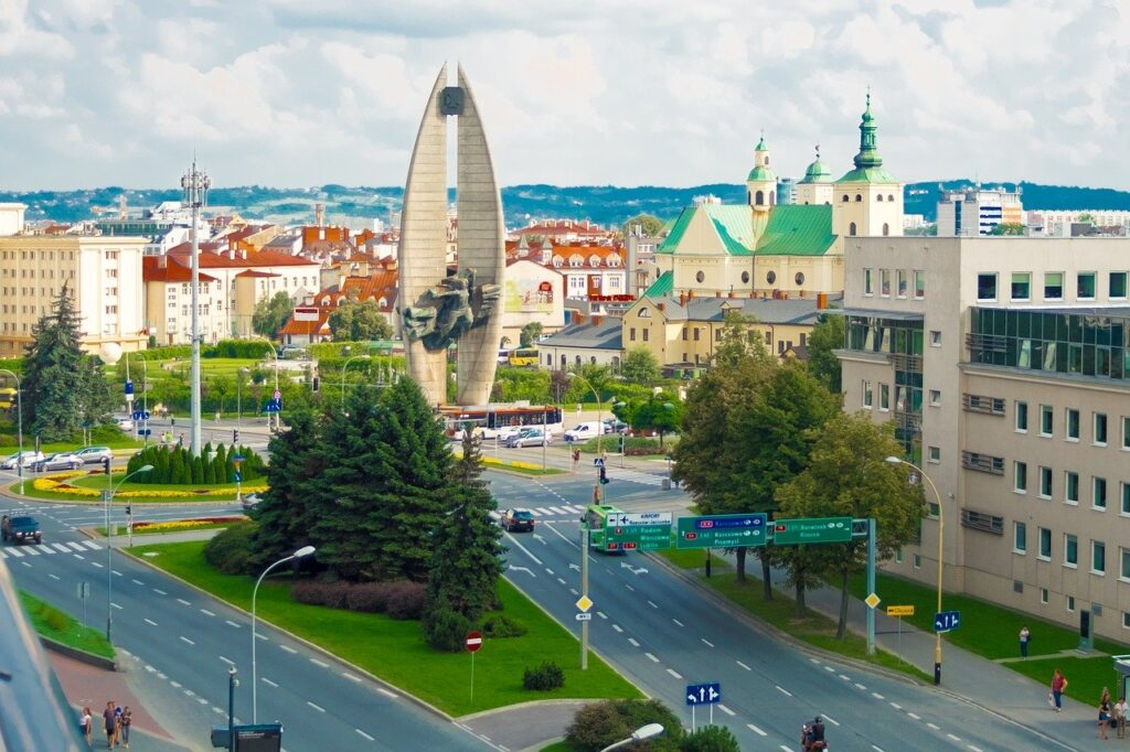 Rzeszów. Fot. Max_gloin z Pixabay